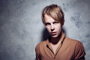 Tom Odell // Konni Kass (Support)